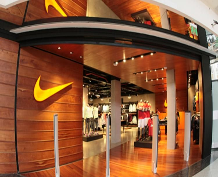locales nike